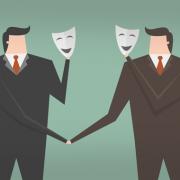 Grafik zweier Geschäftsmänner mit vorgehaltenen Masken (Copyright: Dooder via Freepik)