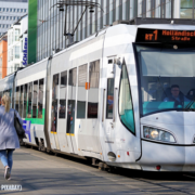 Regiotram in Kasseler Innenstadt